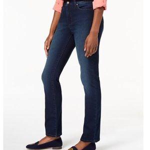 Charter Club Lexington Straight Legged jeans